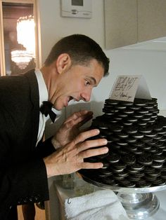 """Oreo groom's """"cake""""   Notice the sign on top of the cake.>>> YUMMMM!!! GREAT IDEA haha I'll take one of those for my bday thnks :p"""