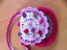Flower purse from vendula Maderska, lily LOVES it :) :)