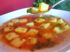 Ciorbă de cartofi - Romanian potato soup Romanian Food, Potato Soup, International Recipes, Cheeseburger Chowder, Cantaloupe, Clean Eating, Potatoes, Vegan, Fruit