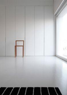 casa-ontinyent-borja-garcia-estudio-23.jpg 610×858 pixels Ingebouwd screen in dikte van wand