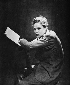"Marlon Brando reading for Vogue, Photograph by Cecil Beaton. When Brando arrived at the studio to sit for this unpublished portrait by Beaton in the photographer remarked that Brando looked ""as if about to be stung by wasps"" Marlon Brando, Golden Age Of Hollywood, Classic Hollywood, Old Hollywood, Hollywood Cinema, Hollywood Actresses, Vanity Fair, Mick Jagger, People Reading"