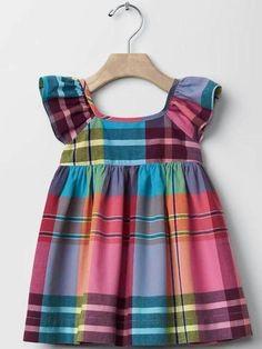trendy Ideas for baby girl romper dress kids clothes Baby Girl Fashion, Fashion Kids, Spring Fashion, Kids Frocks Design, Kids Outfits, Baby Outfits, Baby Dress Patterns, Baby Girl Romper, Baby Girls
