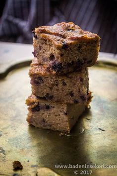 Böğürtlenli Tahılsız & Rafine Şekersiz Kek – Bade'nin Şekeri