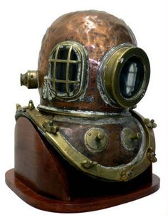Hard Hat Diving Equipment | ANTIQUE N VINTAGE DEEP SEA DIVE HELMETS Land And Sea Collect