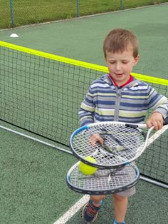 Introducing children to tennis - an open day - Bubbbalueandme