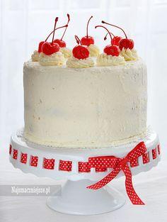 Tort wiśniowy dla mamy, tort z wiśniami, wiśnie, tort, ciasto, mascarpone, http://najsmaczniejsze.pl #food #cake