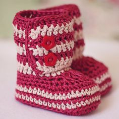 Crochet Baby Booties  = no pattern just inspiration