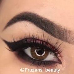 Magical Stunning eye make-up tutorials! Make-up tutorials for simple and enjoyab. Holiday Makeup Looks, Makeup Eye Looks, Eye Makeup Steps, Simple Eye Makeup, Makeup For Brown Eyes, Natural Makeup, Makeup Tips, Makeup Lessons, Makeup Art