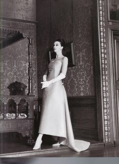 1960 - YSL 4 Dior evening dress by Mike DeDulmen