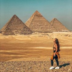 is Not Lost in Giza, Egypt Places To Travel, Travel Destinations, Places To Go, Travel Pictures, Travel Photos, Foto Casual, Visit Egypt, Egypt Travel, Foto Pose