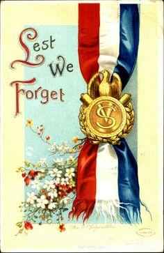 VINTAGE POSTCARD  Memorial Day  Lest We Forget