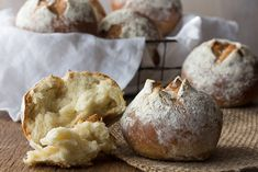 Thanksgiving Bread is November's #BreadBakers theme. You'd think it would  be an easy one for me but noooo… Because in MY family, despite the fact  that we're MAJOR bread lovers/eaters, when we get together for a formal  family dinner (formal for us meaning no one is wearing their jammies), the