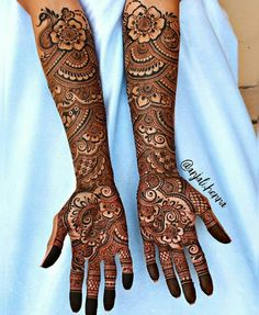 Henna is the most traditional part of weddings throughout India. Let us go through the best henna designs for your hands and feet! Arabic Mehndi Designs Brides, Engagement Mehndi Designs, Latest Bridal Mehndi Designs, Full Hand Mehndi Designs, Legs Mehndi Design, Indian Mehndi Designs, Mehndi Designs 2018, Mehndi Designs For Girls, Stylish Mehndi Designs