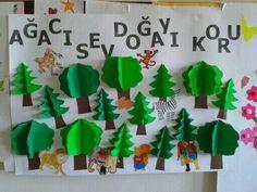 Classroom Board, Classroom Crafts, Kindergarten Art, Preschool Art, Diy For Kids, Crafts For Kids, Monkey Crafts, Diy And Crafts, Paper Crafts