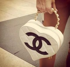 Chanel heart for every girls ❤❤