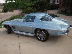 1967 Chevrolet Corvette (Pearl Silver)