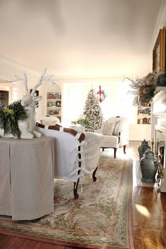 Color Outside the Lines: Christmas Decorating