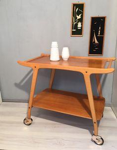 Vintage Tische - Servierwagen aus Holz MID CENTURY 50`s 60`s No.1 - ein Designerstück von Mid-Century-Frankfurt bei DaWanda