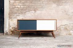 Meuble TV Teck, 120/40/35, esprit vintage, Création Gentlemen Designers – 1100 €