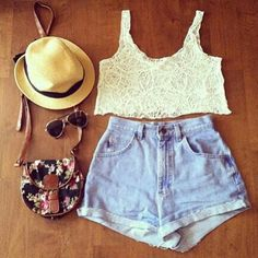 Fun summer outfit can wear it for any occasion and still look fabulous!