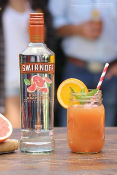 The Tex on the Beach is the easy and delicious punch twist on the classic Sex on the Beach cocktail, perfect for hot summer days or your weekend BBQ.  Recipe: 1.5 cups Smirnoff Ruby Red Grapefruit, 2 cups Orange Juice, 1 cup Cranberry Juice, Orange Slices, Serves 6-8.