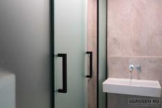 Cabină duș sticlă securizată Shower Cabin, Glass Design, Door Handles, Doors, Mirror, Bathroom, Furniture, Home Decor, Cabin