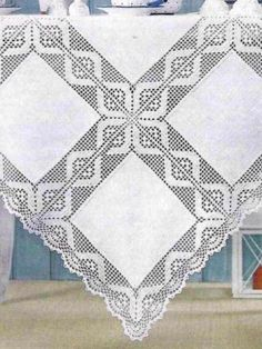 Elegant Filet Crochet Tablecloth For Filet Crochet, Thread Crochet, Crochet Motif, Diy Crochet, Crochet Doilies, Crochet Stitches, Crochet Patterns, Double Crochet, Single Crochet