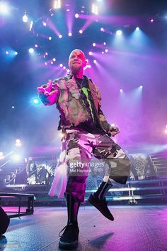 Nachrichtenfoto : Ivan Moody of Five Finger Death Punch performs on...
