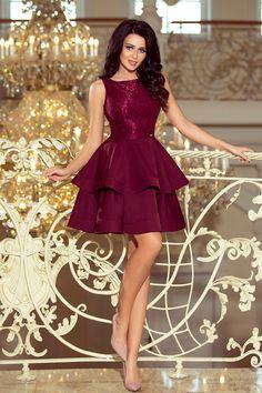 107368a8bbb531 205-2 LAURA podwójnie rozkloszowana sukienka z koronkową górą - BORDOWA