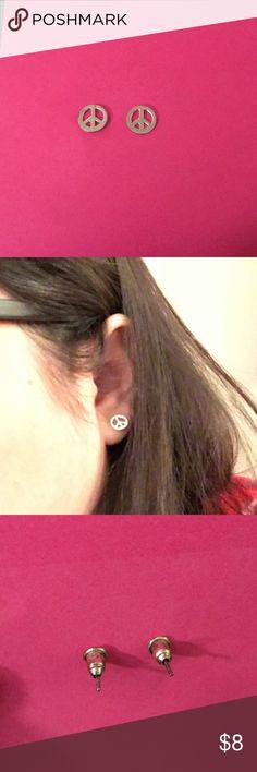 Silver peace stud earrings ✌🏽 Silver peace stud earrings ✌🏽 Jewelry Earrings