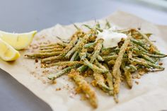 Healthy Hacks: Oven-Baked Green Bean Fries With Garlic Aioli. Definitely trying this!