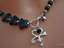 Perlen-Kette schwarz mit Sternen und Herz