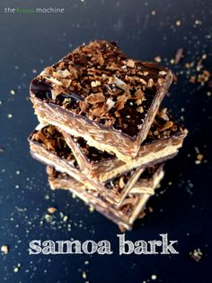 Samoa Bark // The Haas Machine {Oh, my goodness! If this is anything like the Girl Scout Cookie, I'm sold! Delicious Cookie Recipes, Yummy Cookies, Yummy Treats, Sweet Treats, Yummy Food, Tasty, Toffee, Candy Recipes, Dessert Recipes