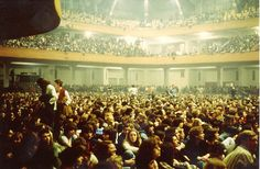 pinkfloyded:  Audience is waiting for Pink Floyd at the Frankfurt Festhalle, 1977.