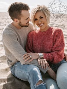 The Most Jaw-Dropping Celebrity Engagement Rings Short Hair Back, Short Hair Cuts, Short Hair Styles, Celebrity Engagement Rings, Engagement Ring Photos, Engagement Celebration, Hair Dos, Balliage Hair, Long Bob
