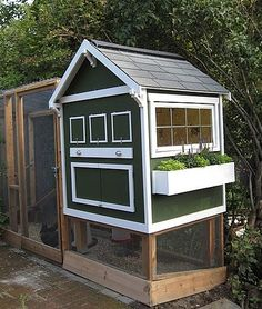 Look! Homemade Backyard Chicken Coop | Apartment Therapy