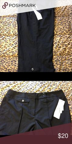 NWT Larry Levine Stretch Career Crop Pants New with Tags Larry Levine Stretch Career Crop Pants. Black. Size 16. 71% Polyester 26% Viscose 3% Spandex. Larry Levine Pants Ankle & Cropped