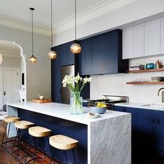 #ModernKitchenMonday: Navy blue and marble grey are great combination for your kitchen counters. It also adds a gorgeous space and cool vibes. Tap if you love this kitchen design idea!  (scheduled via http://www.tailwindapp.com?utm_source=pinterest&utm_medium=twpin&utm_content=post144102349&utm_campaign=scheduler_attribution)