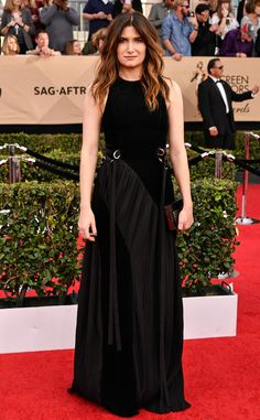 Kathryn Hahn from SAG Awards 2017: Best Dressed Celebs  Hello, bombshell! The Bad Moms actress looks perfect in this all-black, embellished dress.