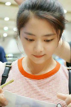 Yun Yun, Cute Korean, Idol, Actresses, Actors, Nymph, Drama, Album, Beautiful