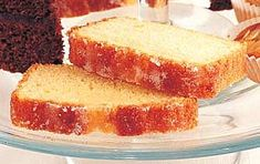 Learn how to make Mary Berry's lemon drizzle cake recipe our easy guide. Mary's classic lemon drizzle will never let you down - see how to make it here...