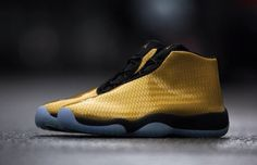 Here is a look at an upcoming colorway of the Air Jordan Future. For the drop, Jordan Brand has given the sneaker a glossy golden upper that is contrasted Gold Sneakers, Shoes Sneakers, Jordan Swag, Jordan Future, Custom Jordans, Sneaker Magazine, Clothes Horse, Sport Wear, Sock Shoes