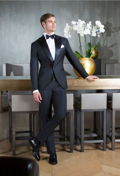 Mens Fashion Suits, Mens Suits, Wedding Men, Wedding Suits, Mens Dinner Suits, Black Dinner, Look Good Feel Good, Black Tuxedo, Tailored Suits
