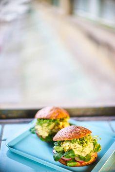 Salmon Burgers, Ethnic Recipes, Food, Essen, Meals, Yemek, Eten
