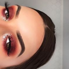 Crazy makeup for eyes - Makeup Looks Yellow Glam Makeup, Crazy Makeup, Cute Makeup, Gorgeous Makeup, Skin Makeup, Makeup Looks, Insta Makeup, Beauty Make-up, Beauty Hacks