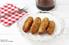 Receta de croquetas de bacalao de mi madre Spanish Dishes, Spanish Food, Spanish Recipes, Croquettes Recipe, Food Decoration, Empanadas, Latin Food, Good Healthy Recipes, Recipe Collection