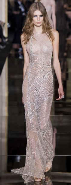 Simply beautiful! #AtelierVersace SS15 couture show