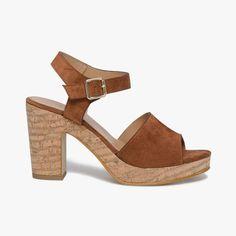 15 meilleures images du tableau TALONS MARRONS   Brown heels ... fb07618ff5ee