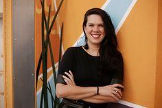 """""""Para #empreender é preciso se conhecer primeiro, saber no que você acredita e que tipo de #negócio vai te fazer #feliz. Além disso, é preciso olhar para quais #recursos você tem: #tempo, #dinheiro e #apoio. /// Leia a entrevista com @danijunco, fundadora da @b2mamy, na coluna da @beatrizbevilaqua dentro do portal #GenePME [+] Link na Bio! #genepme #mulheres #startup #maes Dani, Blouse, Long Sleeve, Portal, Sleeves, Inspire, Inspiration, Women, Fashion"""