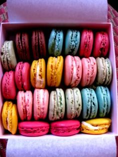 Is there anything prettier then a French macaroon?